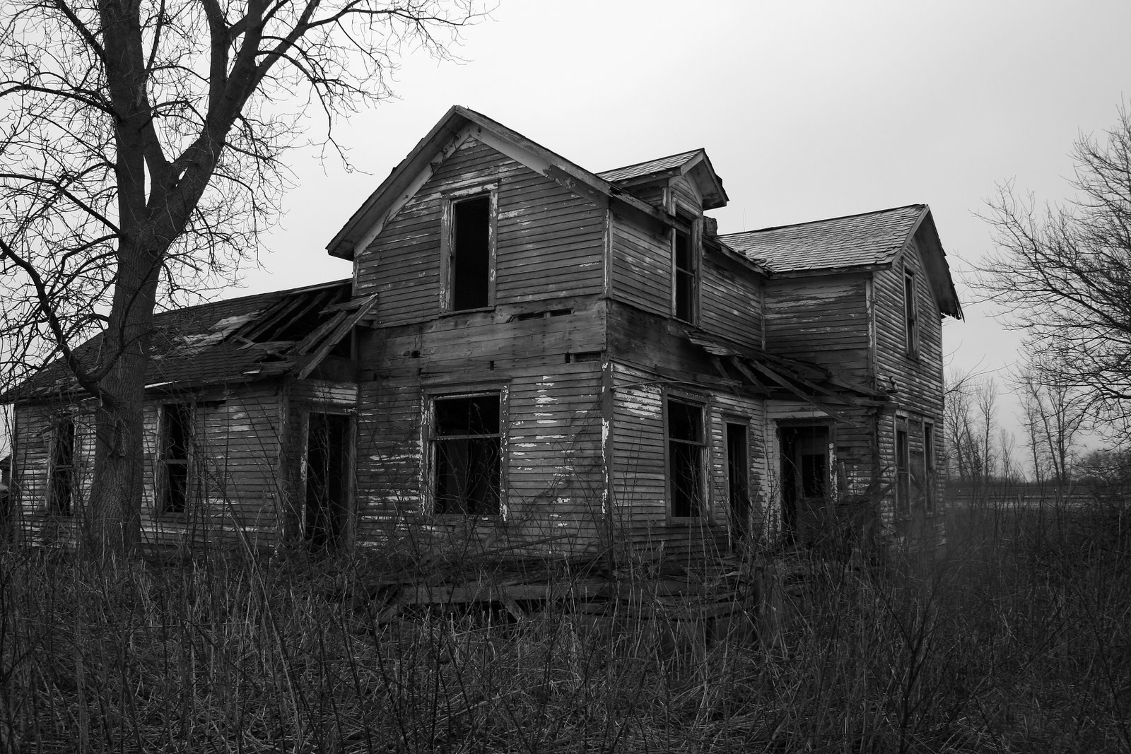 Abandoned house near fremont oh for Pinterest haunted house