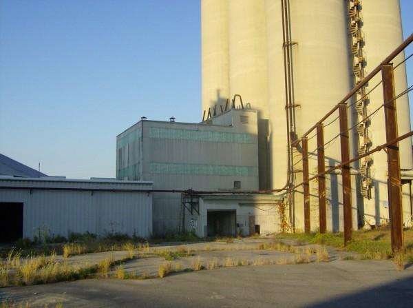 Abandoned Cement Factory : Abandoned cement factory